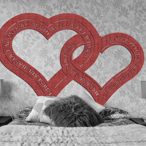 cabezales originales en tejido 3D con forma de corazon rojo