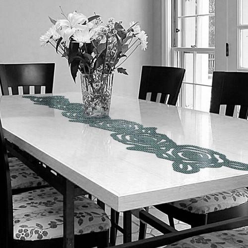 Decoracion de mesa con caminos de mesa de rosas
