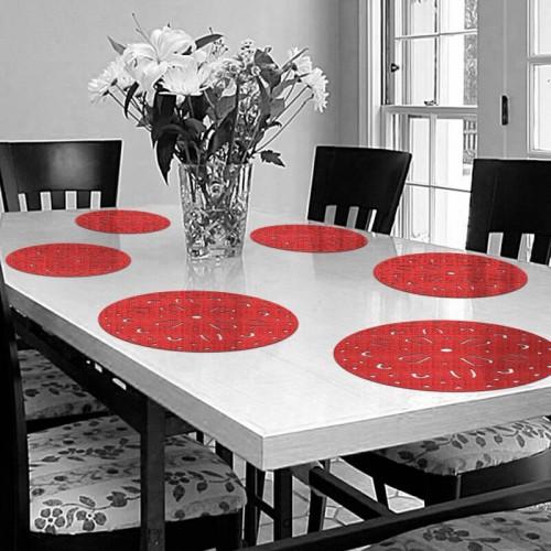 Decoracion de mesa con salvamanteles circulares